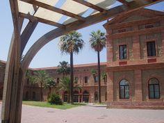 Biblioteca Nou Barris (Nou Barris, Barcelona) barcelona_nou_barris_01 | Flickr: Intercambio de fotos