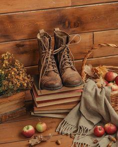 Autumn Witch, Autumn Cozy, Mabon, Samhain, Autumn Flatlay, Autumn Aesthetic, Fall Pictures, Fall Photos, Autumn Photography