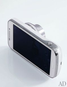 Galaxy S4 Zoom smartphone/camera by Samsung, $199 with carrier contract