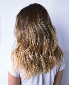 Two Tone Hair With Layers