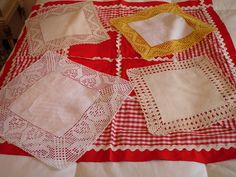 LAVORES DA ISABEL: Fevereiro 2007 Apron, Tablecloths, Crochet Ideas, Fashion, Color Sheets, Clovers, Doilies, Crotchet Patterns, Made By Hands