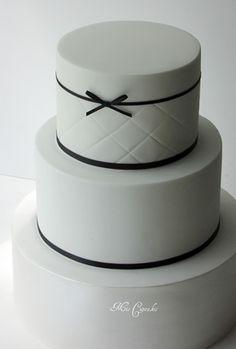 Pasteles de boda minimalistas   Fiancee Bodas