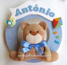 Enfeite de porta da Maternidade Guirlanda Urso com Pipa