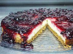 Aprenda a receita de família que Maria tem para partilhar consigo Cheesecake Recipes, Dessert Recipes, Pretzel Desserts, Portuguese Desserts, Food Wishes, Pavlova, Cheesecakes, Chocolate, Good Food