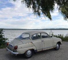 For sale, 1/18th Saab V4 (96) scale modelcar. Send me a message if interested : dinkyreservdelar@hotmail.com
