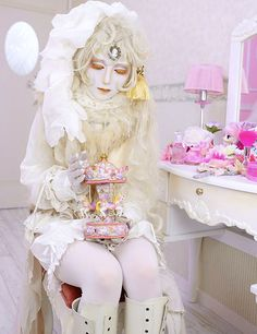shironuri - not necessarily Lolita but I love it