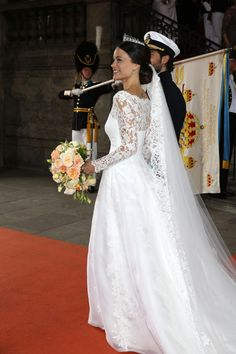 The 5 Most Gorgeous Photos of Sofia Hellqvist's Wedding Dress | Photo by: Getty Images | TheKnot.com