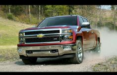 2014 Chevrolet Silverado - an all new truck design meant with creature and high tech comforts Chevy Diesel Trucks, Chevy Pickup Trucks, Old Ford Trucks, Powerstroke Diesel, Gm Trucks, Lifted Trucks, Chevrolet Suv, Silverado Truck, 2014 Silverado