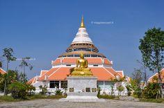 Wat Thewa Sangkhram, cosa vedere a Kanchanaburi #rainbowRTW #tatroma #amazingthailand