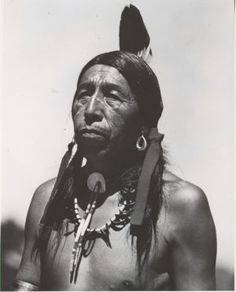 This Native American lived through 1863 - 1950, and was born on the Little Powder River, in what is now Wyoming. Which native American was this, who was a warrior, medicine man, or priest of the Oglala Lakota tribe? Black Elk.
