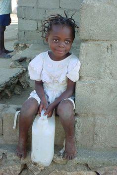 Water Girl. Haiti. Terrier Rouge. Photographer: Deborah Eklund. info@aservingheart.org