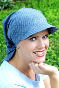 Visor scarf, sun protection for cancer chemotherapy patients, cancer scarf Head Wraps For Women, Hats For Women, Hijab Turban Style, Scarves For Cancer Patients, Head Scarf Tying, African Head Wraps, Stylish Hats, Womens Scarves, Bandana