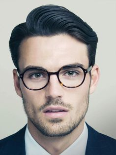Elegant Side Part with Glasses *** See the whole article at Haircut Inspiration >>> http://haircutinspiration.com/haircuts-for-men-with-glasses #glasses #haircuts #men #fashion