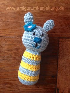 Crochet avec amour: Le hochet Amigurumi Baby Cono the Rabbit. Baby Knitting Patterns, Crochet Numbers, How To Start Knitting, Knitted Baby Blankets, 3rd Baby, Baby Rattle, Happy Baby, Amigurumi Doll, Baby Toys