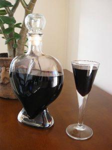 Kawówka – nalewka z parzonej kawy Brew Bar, Polish Recipes, Irish Cream, Smoothie Drinks, Home Brewing, Wine Decanter, Coffee Cake, Yummy Drinks, Whisky
