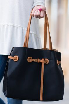 """""""Pull It All Together Purse, Black""""This purse is perfect year round! It's neutral colors make that possible! This fab purse is really a no brainer!  #newarrivals #shopthemint"""