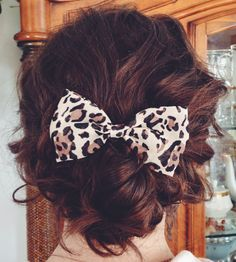 messy bun with bow