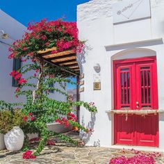 Sifnos island, Greece by . Santorini, Greek Beauty, Creative Landscape, Mediterranean Garden, Greece Islands, Landscaping Tips, Greece Travel, Abstract Landscape, View Photos