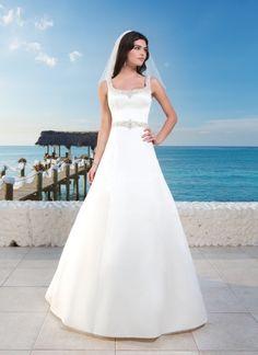3786, Sincerity Bridal