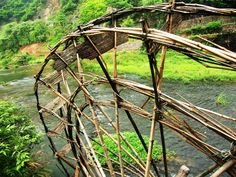 Water wheel made of bamboo