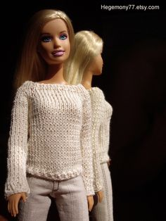Knitted sweater for fashion dolls such Barbie Pullip Blythe Momoko on httphegemony77.etsy.com