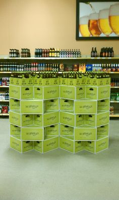Bell's Hopslam display from the new Binny's in Champaign (and they still have some left! Pos Display, Wine Display, Display Shelves, Bottle Display, Display Ideas, Beer Store, Liquor Store, Market Displays, Store Displays