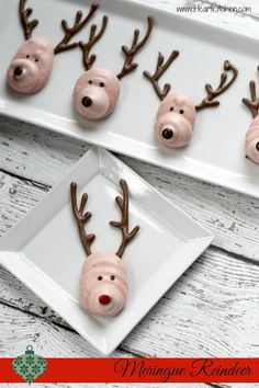 These were a huge hit at my house, I hope you like them too! Have fun making your own Meringue Reindeer Cookies.