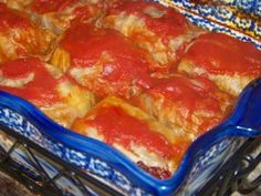No one knows good old-fashioned home cooking like Grandma, which is why this recipe for old fashioned cabbage rolls is one of the best there is. Cabbage Recipes, Meat Recipes, Cooking Recipes, Healthy Recipes, Recipies, Easy Cooking, Dinner Recipes, Beef Dishes, Food Dishes