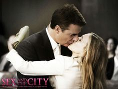 Carrie Bradshaw (Sarah Jessica Parker) and Mr. Big (Chris Noth) ~ Sex and the City ~ Movie Stills ~ Mr Big, Big Love, Chris Noth, Sarah Jessica Parker, Carrie And Big, City Quotes, Classy Couple, The Carrie Diaries, Big Photo