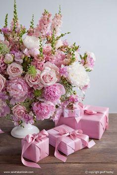 New Flowers Gift Bouquet Floral Arrangements Mothers 39 Ideas Amazing Flowers, Pink Flowers, Beautiful Flowers, Pink Lace, Shabby Flowers, Bouquet Flowers, Pink Peonies, Fresh Flowers, Frühling Wallpaper