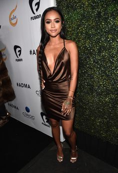 Instagram fave Karrueche Tran was on hand for the 2016 All Def Digital Movie Awards last night and she looked absolutely amazing! The fashionista donned a $142 House of CB Aitana Chocolate Draped Satin Dress and $1,190 Tom Ford Metallic Ankle-Lock Sandals. This sultry 'fit boasts a deep plunging neckline, a crossover back and sensuous […]