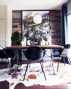 Dining rooms don't have to be formal or stuffy. We're all about a boho chic dining space, too! Check out these 40 dining rooms that master boho interior design. For more dining room design go to Domino! Design Living Room, Dining Room Design, Living Spaces, Dining Rooms, Dining Area, Dining Table, Design Room, Kitchen Dining, Room Kitchen