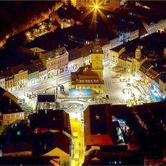 Brasov City, the Carpathians, Romania Beautiful Places To Visit, Places To See, Brasov Romania, Transylvania Romania, Visit Romania, Famous Castles, Bucharest, Eastern Europe, Around The Worlds