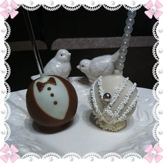 Bride and Groom Cake Pops.Makes wonderful Wedding favors for your guests. Cake Pop Designs, Groom Cake, Holiday Cakes, Cake Pops, Wedding Favors, Bride, Create, Desserts, How To Make