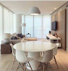 E quem disse que para ter uma Sala de TV + essa Cozinha linda e super moderna, precisa gastar muito?❤️ snapchat: maisinteriores Projeto: Autor Desconhecido.