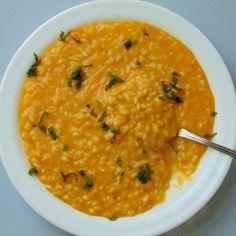 risotto de calabaza y parmesano | que cocinar con calabaza Veggie Recipes, Healthy Recipes, Salty Foods, Lunch Snacks, Tapas, Healthy Eating, Healthy Food, Curry, Food And Drink