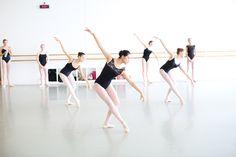 6,225 vind-ik-leuks, 17 reacties - Houston Ballet (@houstonballet) op Instagram: 'Come dance with us! Auditions for our Pre-Professional & Professional Programs are Saturday, Dec. 2…'