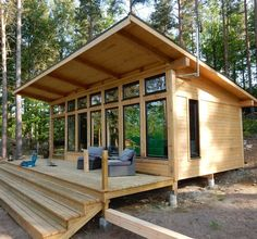 Modern Tiny House, Tiny House Cabin, Tiny House Living, Tiny Cabins, Small Modern Cabin, Cabin Design, Small House Design, Design Design, Modern Design