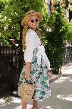 PINK & GREEN FLORALS // FLORAL SKIRT & BOW TOP