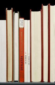 Les tas de livres de Nina Katchadourian - La boite verte