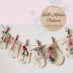 Mitten Christmas Banner