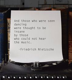 Friedrich Nietzsche //