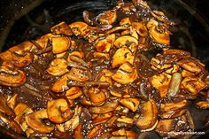 Sauteed mushrooms and onions are perfect for steak and potatoes, burgers or any other barbecued dish. Try this quick and easy recipe using mushrooms, onions, red wine and soy sauce. Steak And Mushrooms, Roasted Mushrooms, Mushroom And Onions, Mushroom Recipes, Veggie Recipes, Dinner Recipes, Cooking Recipes, Fast Recipes, Cooking Tips