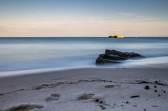 il mare d'inverno, un tramonto e una lunga esposizione. Torre Specchia Ruggeri, Marine di Melendugno - Lecce