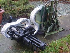 Airsoft Minigun Makeover Military Weapons, Weapons Guns, Airsoft Guns, Guns And Ammo, Zombie Weapons, Armas Ninja, Planets Wallpaper, Air Fighter, Cool Guns