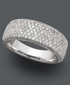 This is the ring I want. A simple diamond embedded band, not too flashy and not too boring. Just right