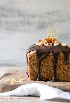 hazelnut cake with chocOlate icing