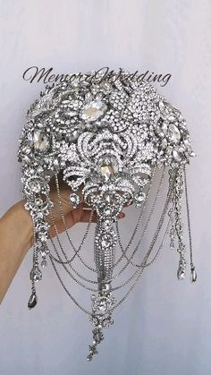 wedding bouquet, bridela bouquet, jeweled boquet, bling wedding, luxury wedding, silver wedding, keepsake bouquet