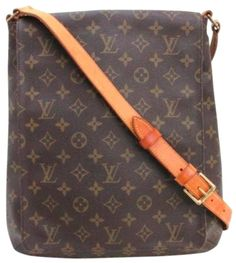 Louis Vuitton Musette Salsa Gm Extra Large Brown Monogram Cross Body Bag. Get the trendiest Cross Body Bag of the season! The Louis Vuitton Musette Salsa Gm Extra Large Brown Monogram Cross Body Bag is a top 10 member favorite on Tradesy. Save on yours before they are sold out!