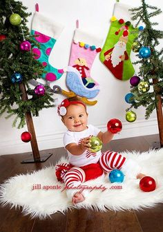 SHORT SLEEVE Christmas white and red striped candy cane onesie striped ruffle bloomers diaper cover w/fabric rolled rosette headband. $66.00, via Etsy.